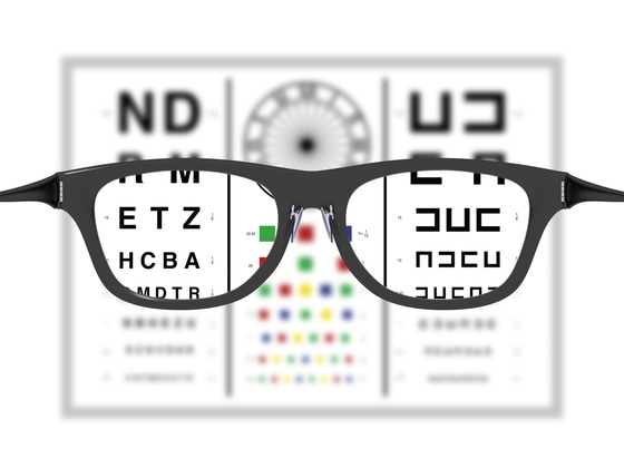 カラコン視力検査
